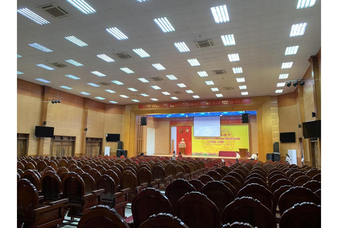 Âm Thanh Hội Trường Nhà Văn Hóa với loa Line Array CAF Audio chính hãng nhập khẩu.